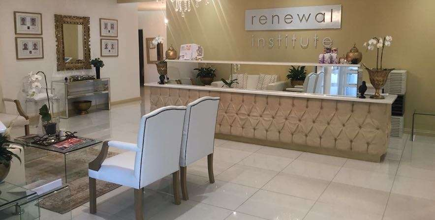 Skin Renewal Stellenbosch waiting area die boord